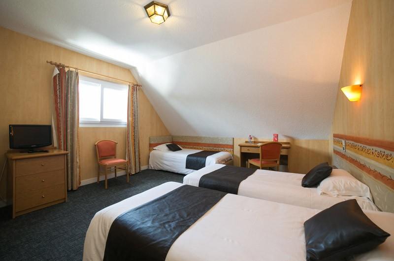 Le-MSM-Hotel-de-La-Digue-triple